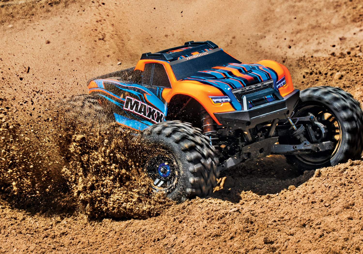 TRAXXAS MAXX 4x4 ORANGE 1/10 BRUSHLESS - TSM - SANS AQ/CHG