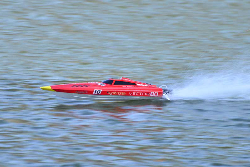 Bateau rc brushless VECTOR 80